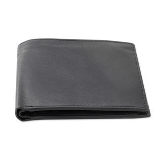 Handmade Men's 'Refined Black' Leather Wallet (India)