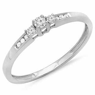 Elora 10k White Gold 1/6ct TDW Diamond Bridal Promise 3-stone Promise Ring (I-J, I2-I3)