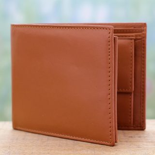 Handcrafted Men's 'Dashing Tan' Leather Wallet (India)