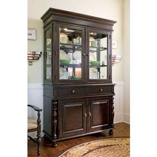 Paula Deen Home China Buffet Hutch Complete in Tobacco Finish|https://ak1.ostkcdn.com/images/products/11621013/P18556609.jpg?impolicy=medium