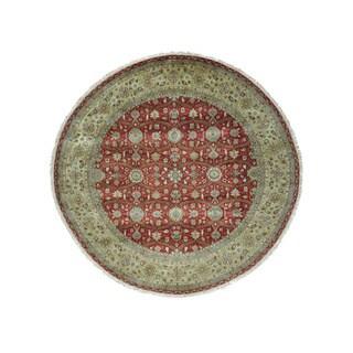 Round 300 KPSI Hereke Design Wool and Silk Oriental Rug (9'10 x 9'10)