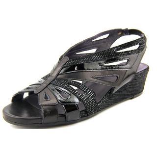 Vaneli Women's 'Keriam' Nappa Sandals