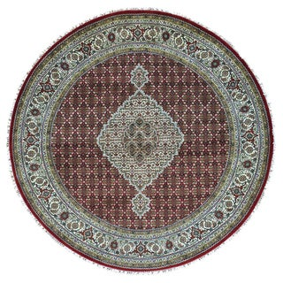 Tabriz Mahi Wool and Silk Hand-knotted Oriental Rug (6'8 Round)