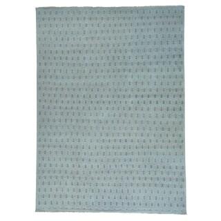 Handmade Pure Wool Paisley Design Turkish Knot Rug (10' x 13'9)
