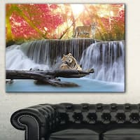 Designart 'Tiger in the Jungle' Photography Canvas Art Print - Red