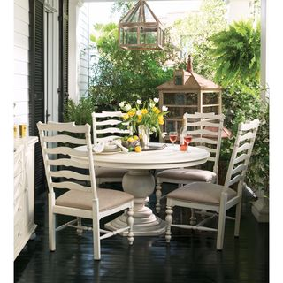 Paula Deen Home Round Pedestal Table in Linen Finish - White
