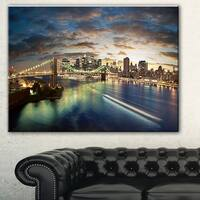 New York Under Cloudy Skies' Cityscape Photo Canvas Print - Brown