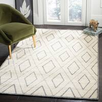 Safavieh Hand-knotted Stone Wash Beige/ Grey Wool Rug - 5' x 8'