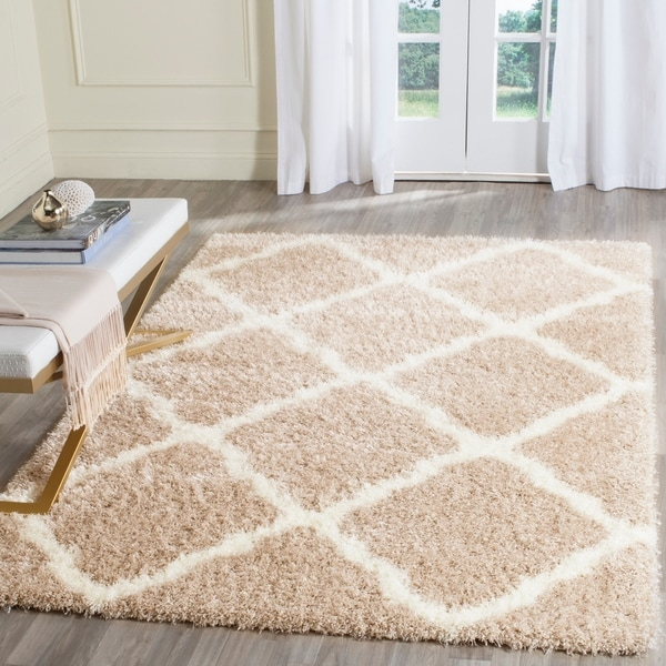Safavieh Montreal Shag Beige/ Ivory Polyester Rug - 8' x 10'