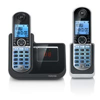 Motorola P1002 DECT 6.0 Cordless Phone with Digital Answering System and 2 Handsets