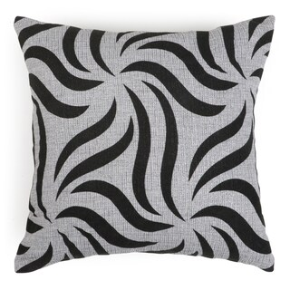 Journee Home 'CLAWED 17-inch Accent Throw Pillow