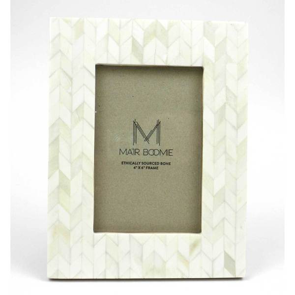Chevron Bone and Wood Frame for 4x6 Photo in Pearl (India)