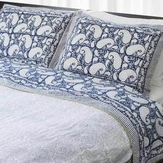Dreams in India Blue Paisley King-sized Coverlet Set (India)