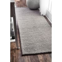 nuLOOM Handmade Chunky Braided Light Grey Wool Runner Rug (2'6 x 8') - 2' 6 x 8'