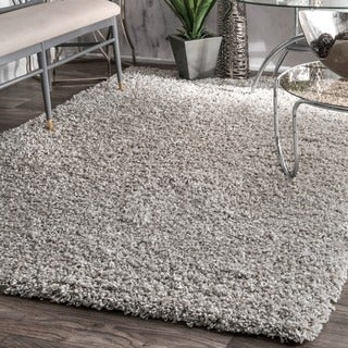 nuLOOM Alexa My Soft and Plush Solid Silver Shag Rug (8' x 10') (Option: Silver)