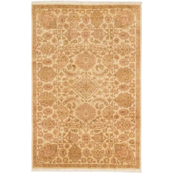 Ecarpetgallery Hand-knotted Royal Ushak Beige Wool Rug (5'6 x 8'6)