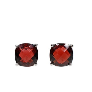 Kabella 14k White Gold Cushion Garnet Stud Earring