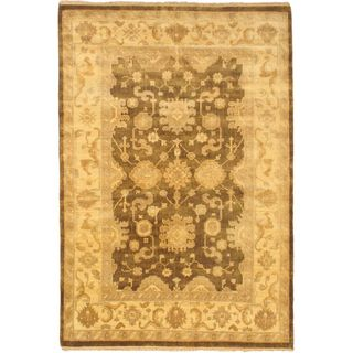 Ecarpetgallery Hand-knotted Royal Ushak Beige and Green Wool Rug (6'2 x 8'10)