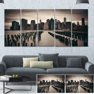 Designart 'Manhattan Financial District' Cityscape Photo Large Canvas Print