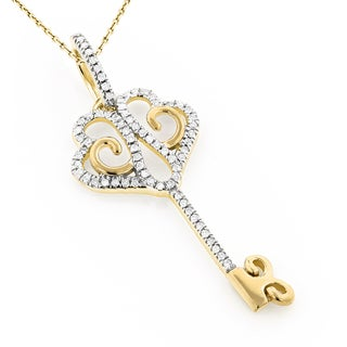 Luxurman 10k Elegant Gold 1/6ct TDW Diamond Key Pendant (H-I, SI1-SI2)