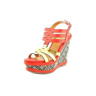 Famous Name Brand Women's 'Geo' Man-Made Sandals
