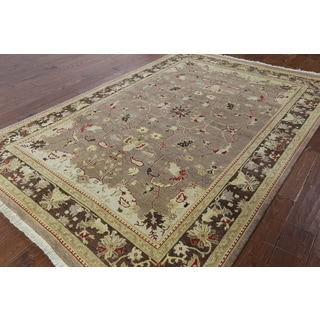 Hand-knotted Peshawar Taupe Wool Area Rug (6'1 x 8'10)