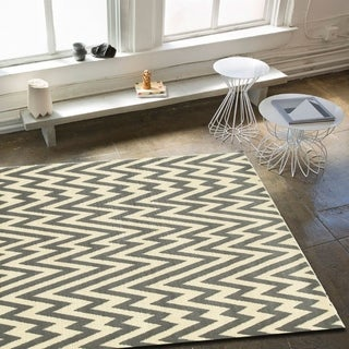 """LNR Home Grace LR81139 White and Gray Plush Indoor Area Rug (3'7"""" x 5'6"""")"""