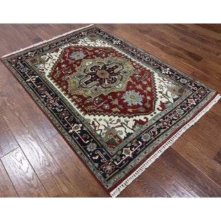 Hand-knotted Serapi Red/Navy Wool Area Rug (4'2 x 5'10)
