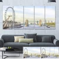 Designart 'London Bridge' Cityscape Photography Canvas Art Print - Brown