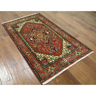 Hand-knotted Heriz Serapi Red on Red Wool Area Rug (3'1 x 5'1)