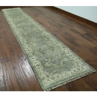Hand-knotted Oushak Green Wool Runner Rug (2'6 x 13'9)