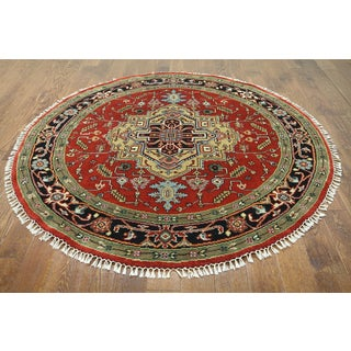Hand-knotted Heriz Red Wool Area Rug (6'1 x 6'1)