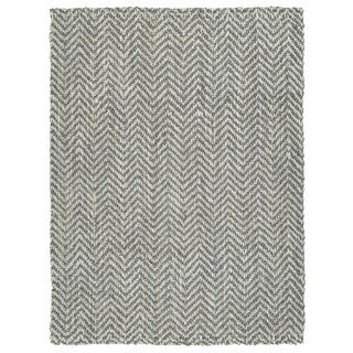 "Handmade Jute Eastbay Grey and Ivory Chevron Rug (5'0 x 7'6"")"