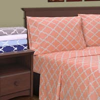 Superior 300 Thread Count Cotton Trellis Pillowcases (Set of 2)