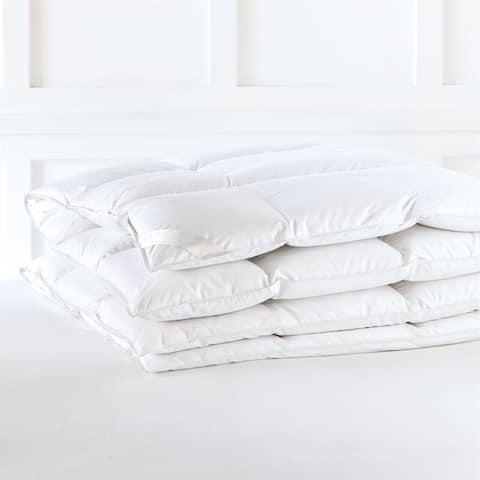 Alexander Comforts Nottingham Medium Weight Hungarian White Goose Down Comforter
