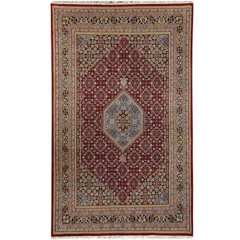"Handmade One-of-a-Kind Bidjar Wool Rug (India) - 7'10"" x 8'6"""