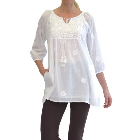 La Cera Women's White 3/4 Sleeve Tunic Top