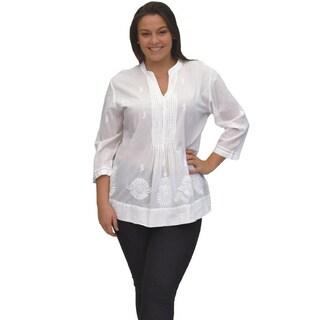 La Cera Women's Plus Size 3/4 Sleeve Pleated White Top