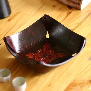 Handmade Leather 'Sunflower Magic' Centerpiece (Peru)