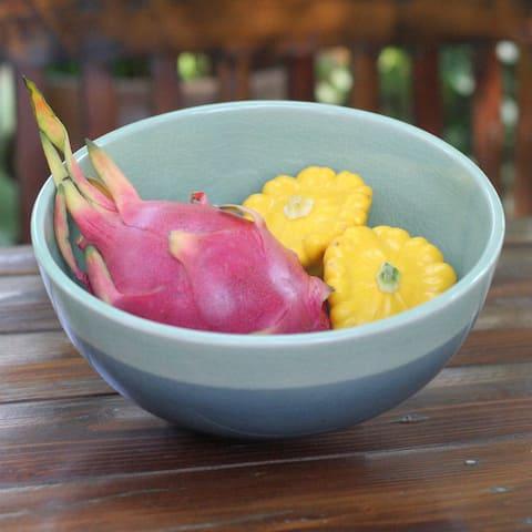 Handmade Celadon Ceramic 'Horizon' Bowl (Thailand)