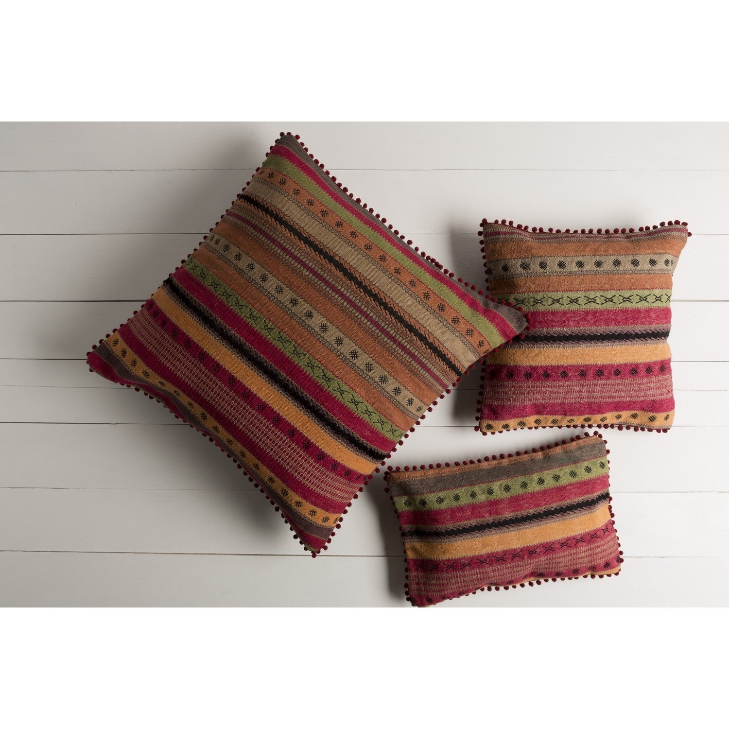 Decorative Isamu Feather Down/Polyester Filled Throw Pillow (22 X 14) (Down)
