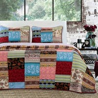 Greenland Home Fashions  Bohemian Dream Authentic Patchwork Reversible 3-piece Quilt Set