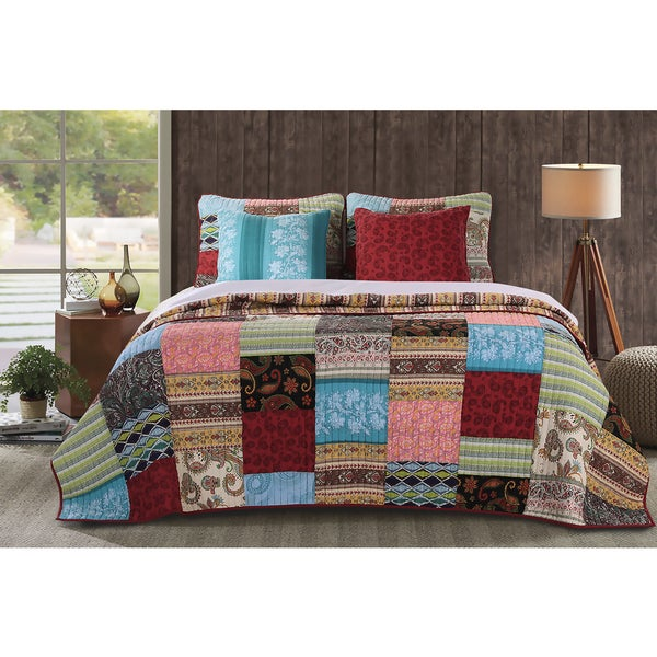Greenland Home Fashions Bohemian Dream Authentic Patchwork Bonus 5-piece Quilt Set - Multi
