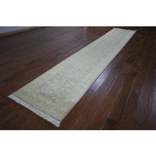 Hand-knotted Oushak Collection Off-White Wool Runner (2'9 x 14'6)