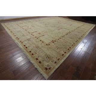 Hand-knotted Peshawar Ivory Wool Rug (14'1 x 19'7)