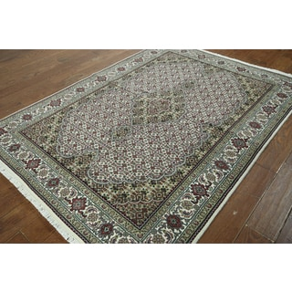 Hand-knotted Tabriz White Wool Rug (5' x 6'10)