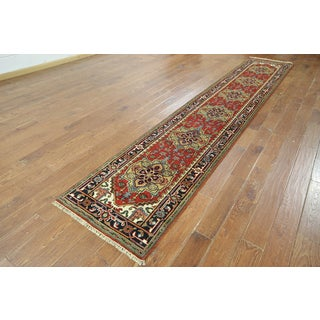 Hand-knotted Oriental Serapi Wool Runner (2'7 x 13'10)
