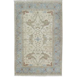 Ecarpetgallery Hand-knotted Royal Ushak Beige Wool Rug (5'9 x 9'4)