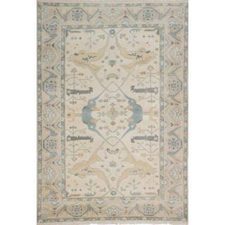 Ecarpetgallery Hand-knotted Royal Ushak Beige Wool Rug (6'1 x 9'1)