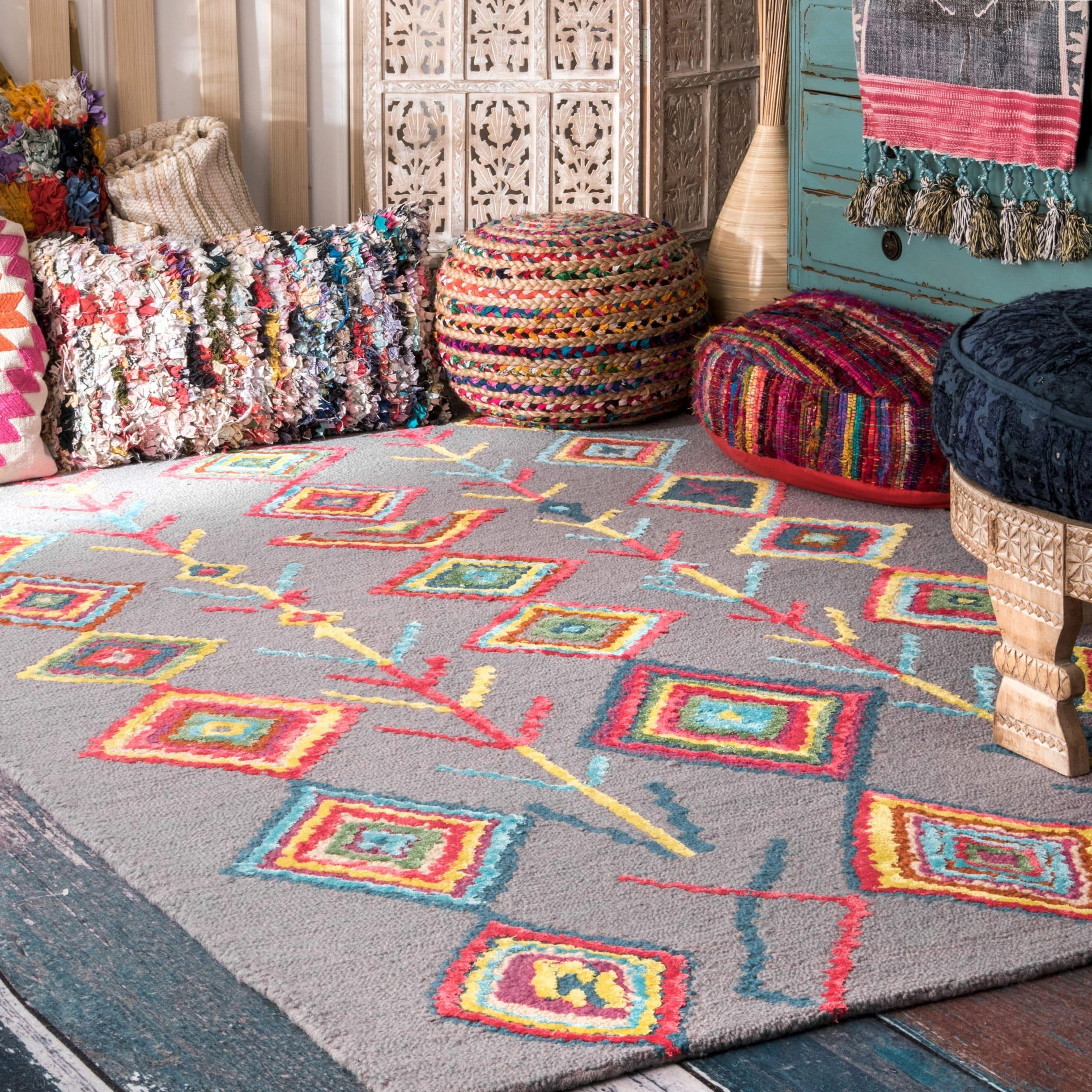 nuLOOM Contemporary Handmade Wool/ Viscose Moroccan Triangle Grey Rug (3' x 5')